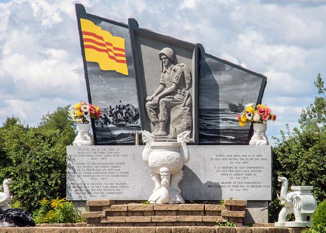 Memorial to fallen Vietnamese Soldiers in 1975