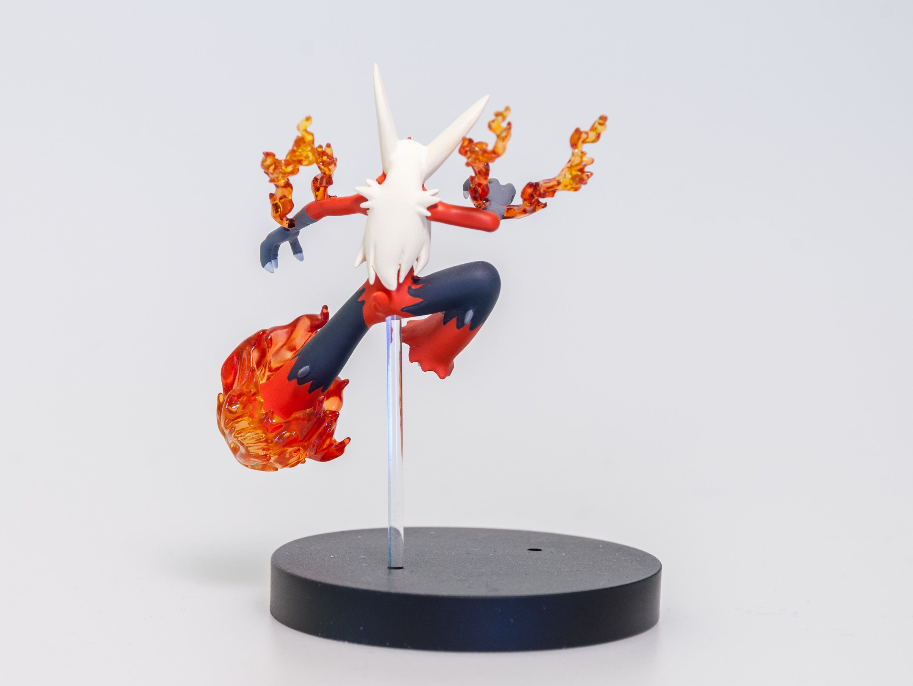 King Studio 19: Blaziken