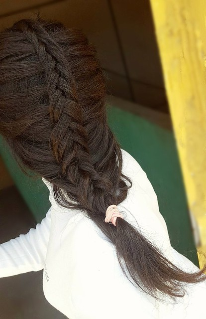 Dutch fishtail braids Beautiful hairstyle Fishtail braids Dutch braids Beautiful braidsتسريحة الضفائر الهولنديةتسريحة الضفائرشعر مضفرتسريحة السنبلةتسريحة شعر سهلة و جميلة