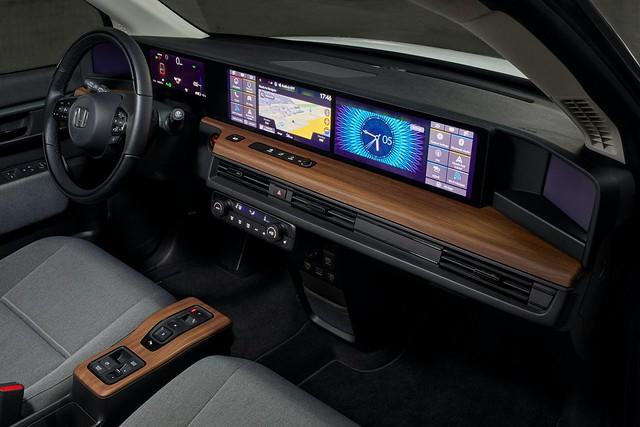 2020-Honda-e-Euro-spec-12