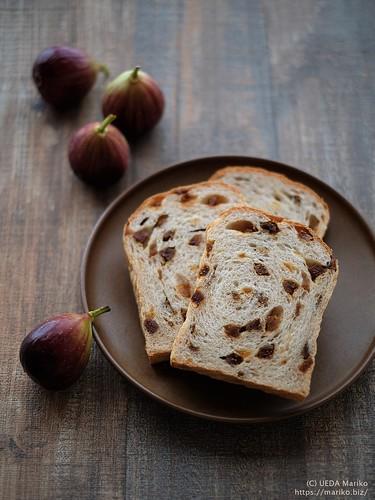 ライ麦いちじくパン 20200828-DSCT8644 (3)
