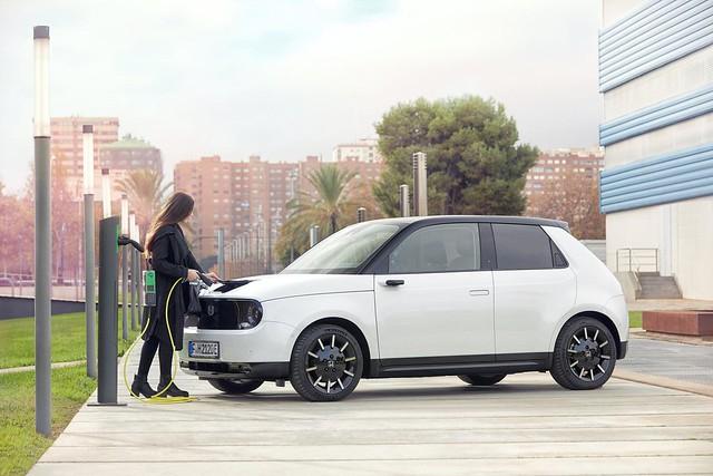 2020-Honda-e-Euro-spec-23