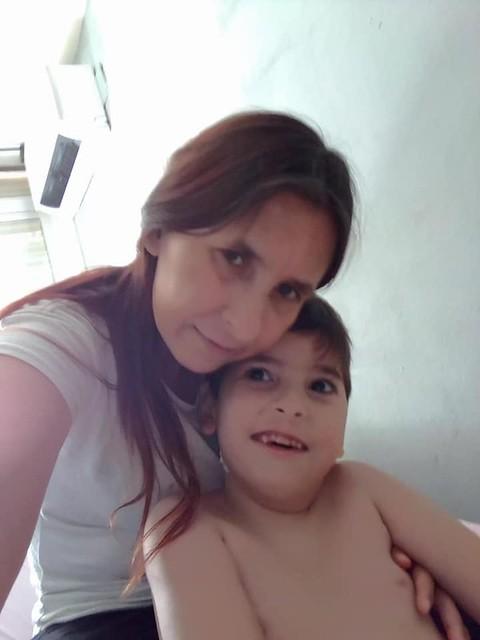 Sara Casas y su hijo Emilio (Dos Hermanas - Sevilla)