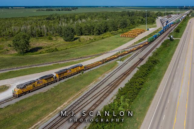 UP 8033   GE AC45CCTE   UP Marion Intermodal Railport