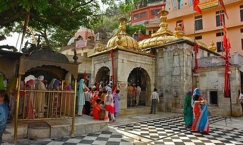 chintpurni devi temple himachal pradesh