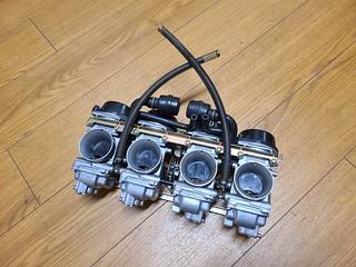 GSX-R1100W carburetors
