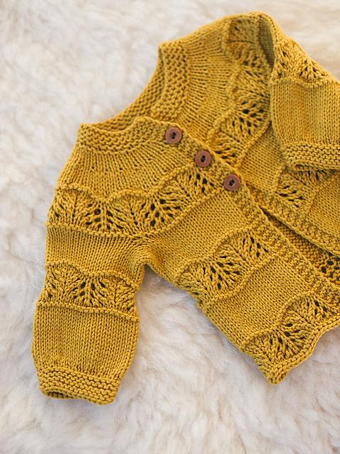 Kī Cardigan by Leila Raven is sweet cardigan out today! No coupon is needed to get 20% off until September 4, 2020!