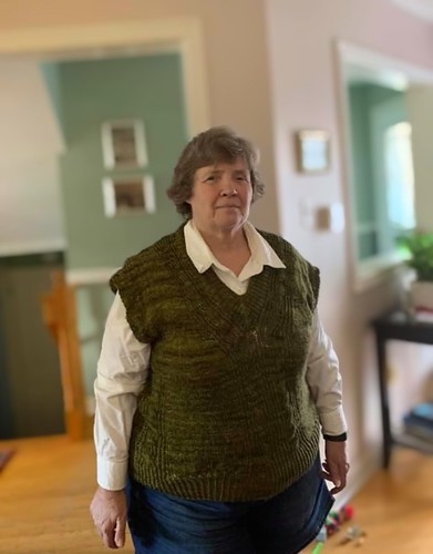 Nancy's latest Covid project is this vest!!