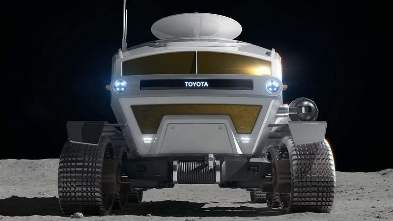 toyota-chooses-lunar-cruiser-as-rover-name-4