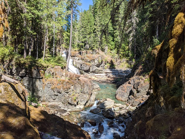 Upstream Silver Falls