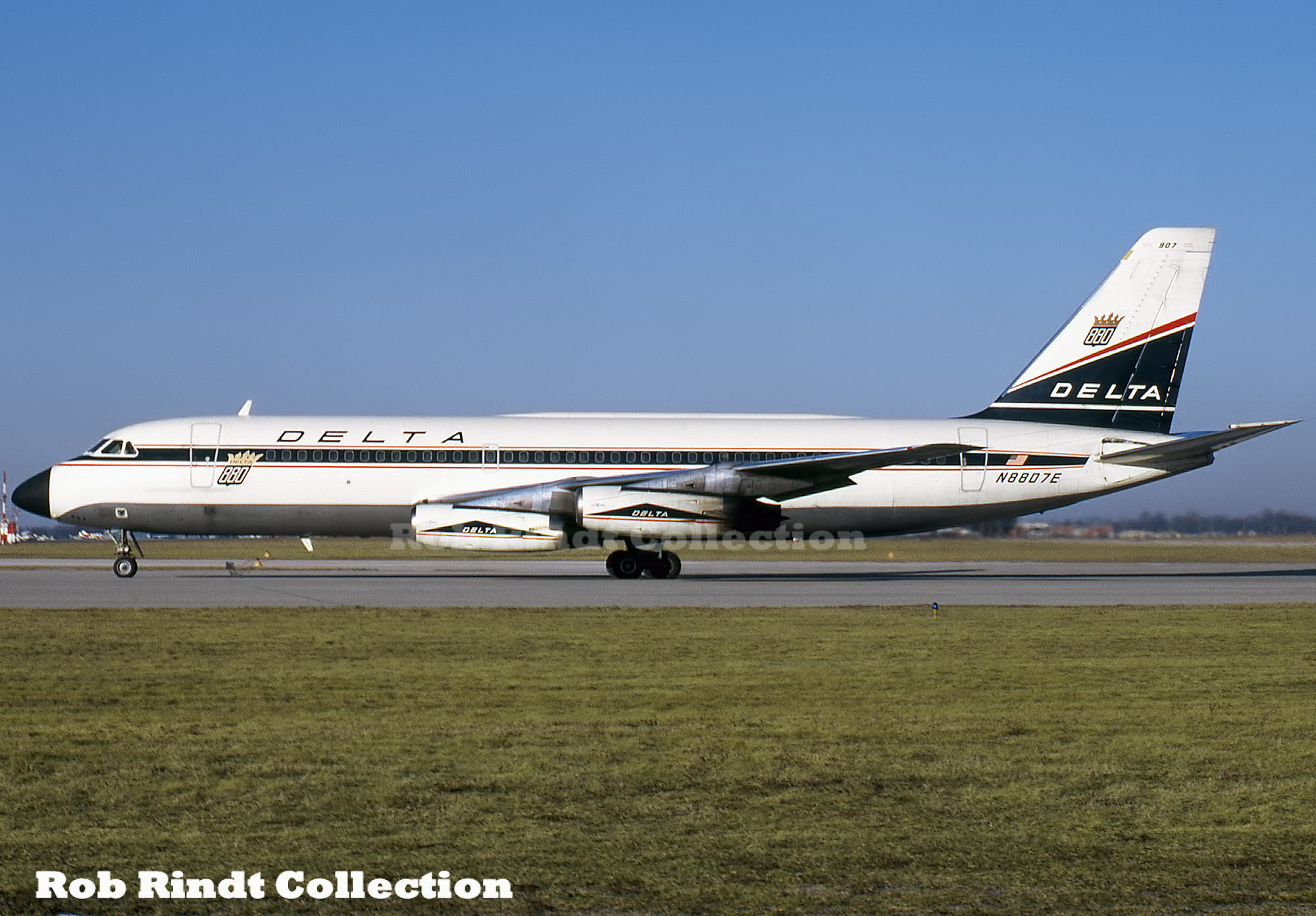 Delta Air Lines Convair 880-22 N8807E