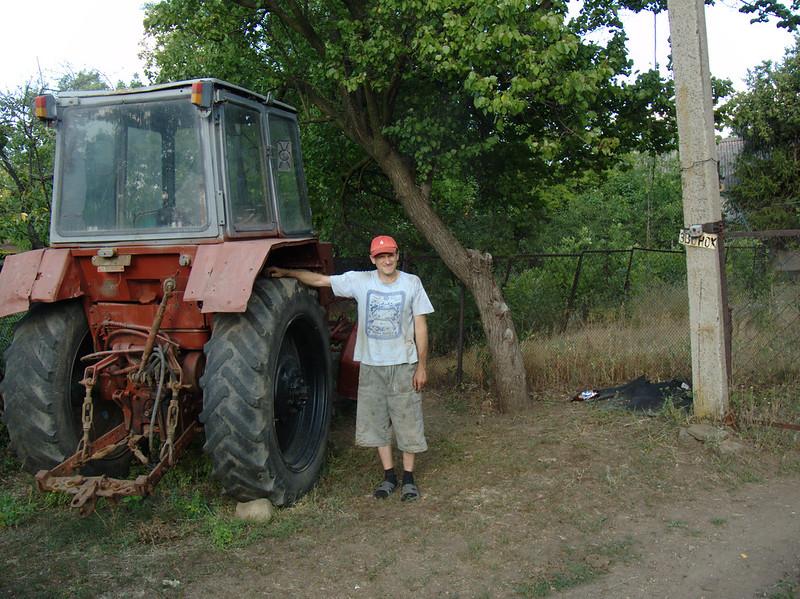 Нижняя Навадвипа 2 августа 2020 Ремонт трактора