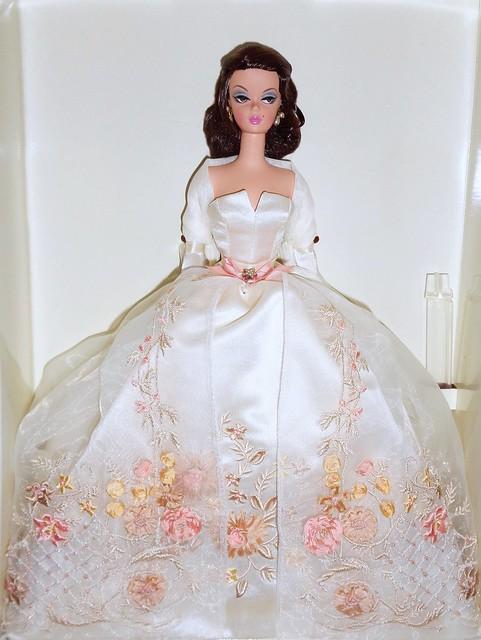 2006 Lady of the Manor Barbie (Retake) (2)