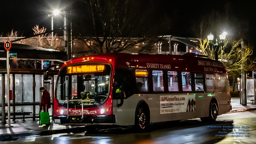 An Everett Transit Proterra Catalyst BE40 at Everett Station During Nighttime