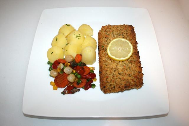 13 - Gourmet fillet á la Bordelaise with potatoes & pan vegs - Served / Schlemmerfilet á la Bordelaise mit Salzkartoffeln & Pfannengemüse  - Serviert