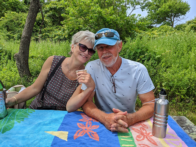 E's parent enjoying a picnic @ Montauk Lighthouse