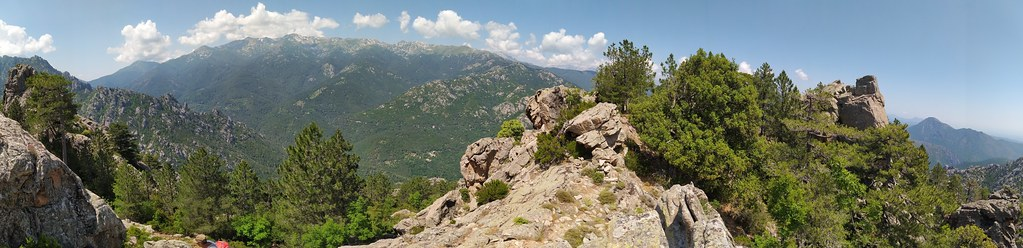 Panoramique sur la crête du Kyrie Eleison