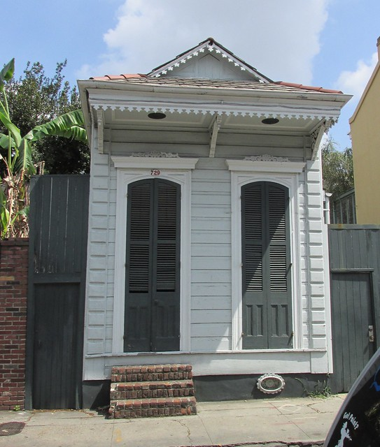 New Orleans - Tiny Shotgun House