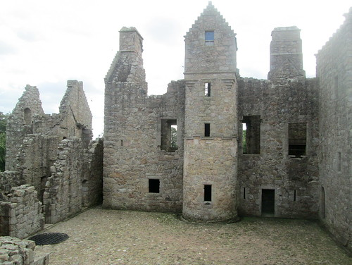 Tolquhon Castle, Courtyard from above Entrance