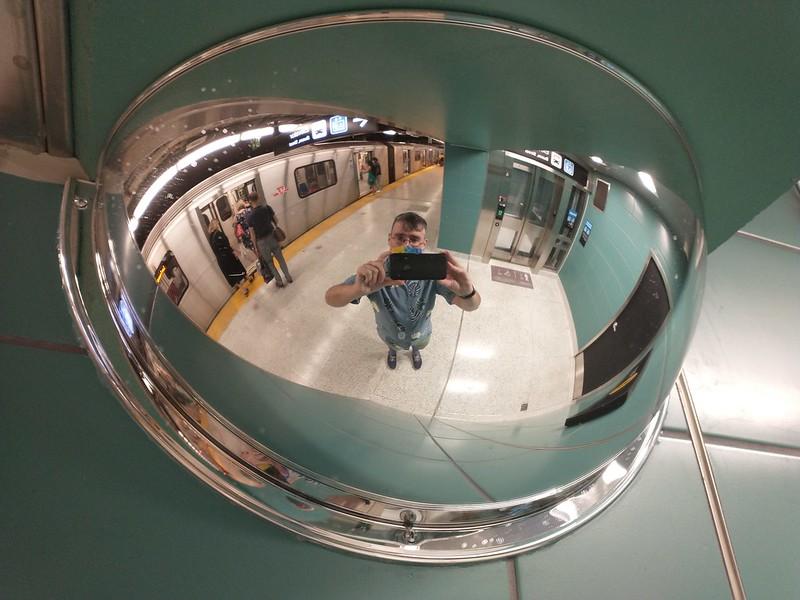 Upwards selfie #toronto #ttc #wellesleystation #me #selfie #mirror #convexmirror #securitymirror #instagay