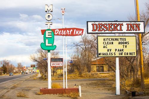 america desertinnmotel shoshoni usa unitedstates unitedstatesofamerica wyoming clouds motel neon neonsign fav10 fav25