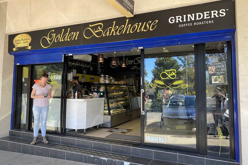 Golden Bakehouse, South Turramurra