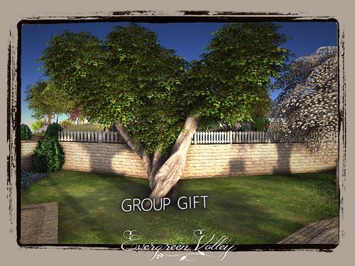 EV - Fantasy Tree GROUPGIFT