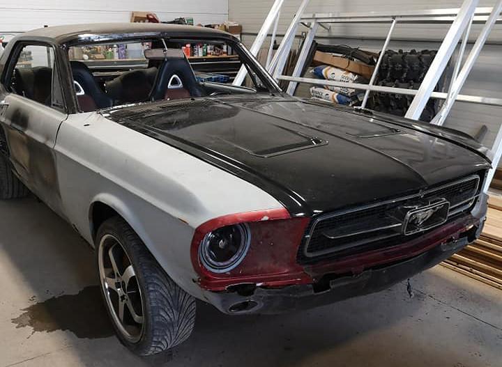 Mazda-RX-8-Ford-Mustang-1