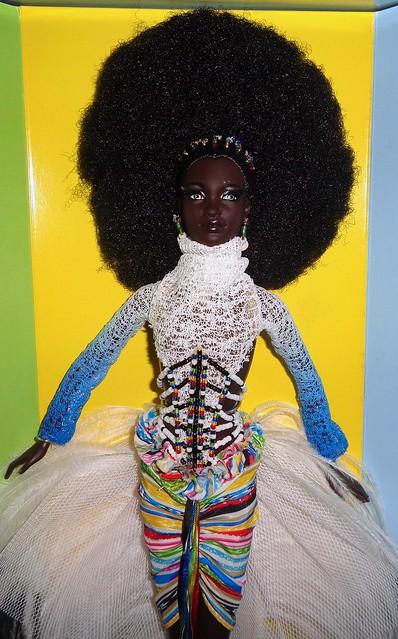 2002 Byron Lars Mbili Barbie (3)