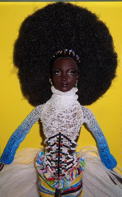 2002 Byron Lars Mbili Barbie (6)
