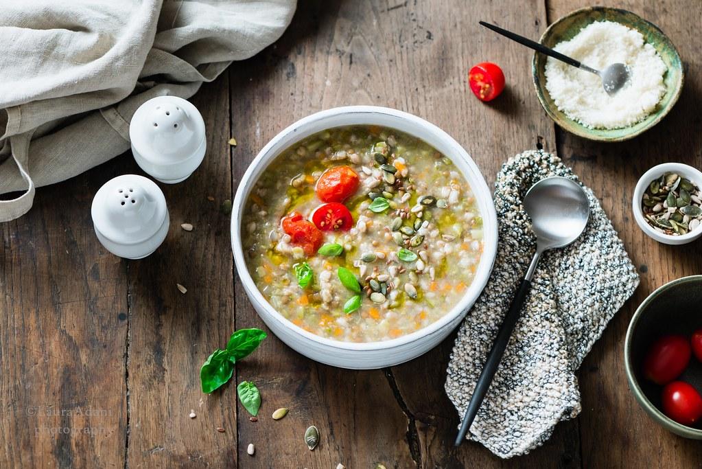 Spelt and lentil soup