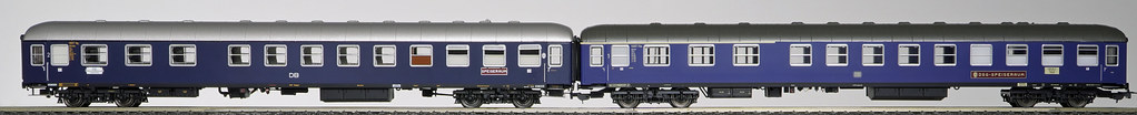 Bauartgleiche Halbspeisewagen von Hobbytrain und PIKO