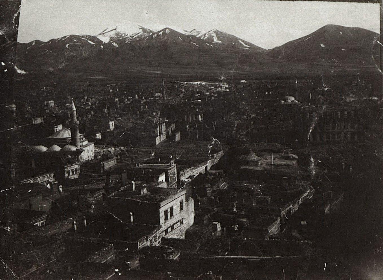 Вид Эрзерума во время войны