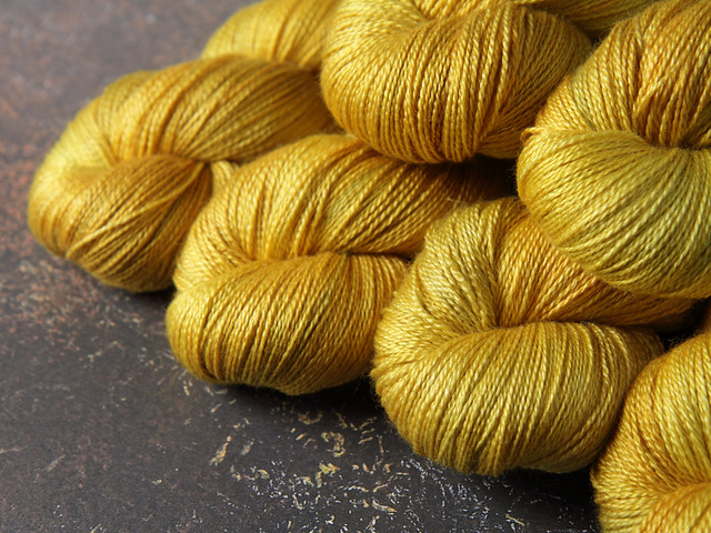 Brilliance Lace – British Bluefaced Leicester wool and silk hand-dyed yarn 100g – 'Colonel Mustard'