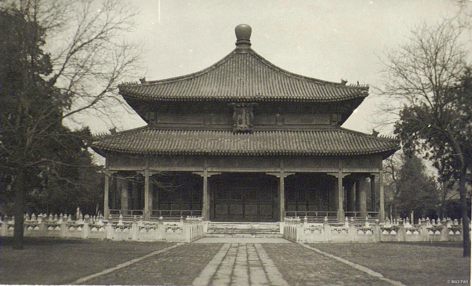 Павильон «зал классиков» в Пекине
