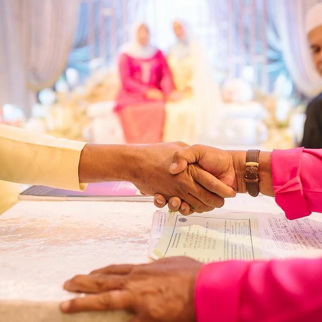 Hanya Sekali Lafaz, Pelakon Fendy Bakry Selamat Bernikah Dengan Ayu