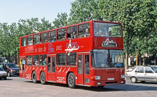 Paris Bus, Paris: 2086 ZW 78 in central Paris, exact location not recorded