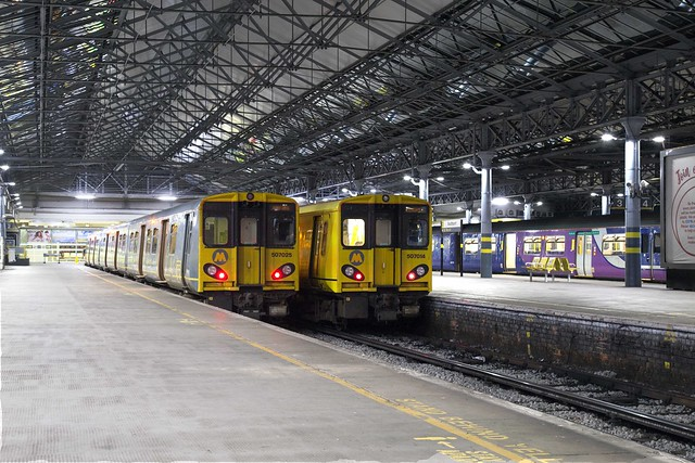 Merseyrail 507 025 + 507 014 Southport