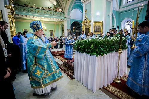 30 августа 2020, Митрополит Кирилл совершил утреню с чином погребения Плащаницы Пресвятой Богородицы
