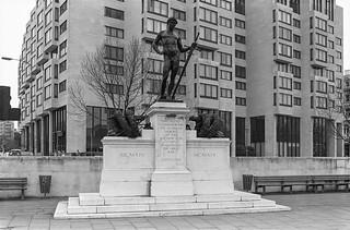 Machine Gun Corps, Memorial, Hyde Park Corner, Westminster, 1988 88-3d-43-positive_2400