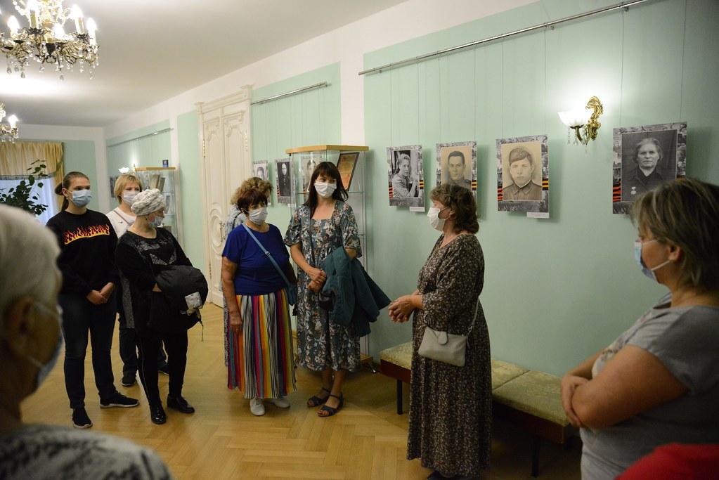 Живыми вернулись в родное село отцы и деды сегодняшних сотрудников музея, о которых рассказывали на выставке «Через все прошли и победили»