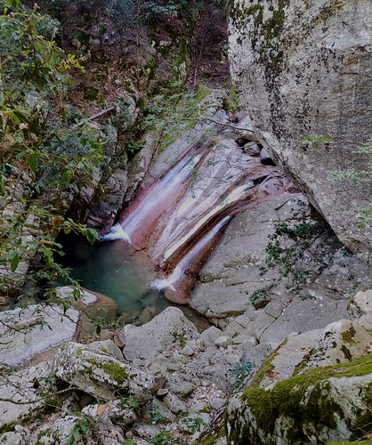Descente du Pulischeddu - vasque-cascade vers 730m