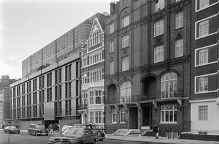 Danish, Peruvian, Embassy, Sloane St, Knightsbridge, Kensington & Chelsea, 1988 88-3e-44-positive_2400