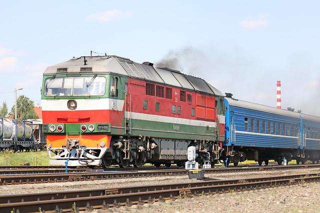 Пассажирский тепловоз ТЭП70-0265 на станции Могилёв-2 (Беларусь).