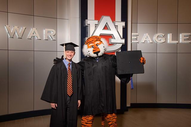 2020-08-08_Auburn_Univ_Graduation.2