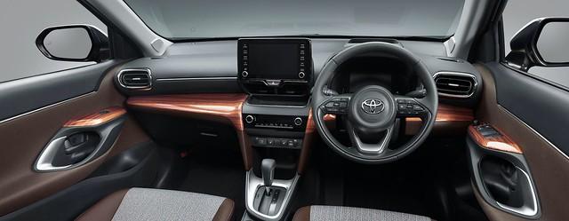 2021-Toyota-Yaris-Cross-Modellista-JDM-spec-21