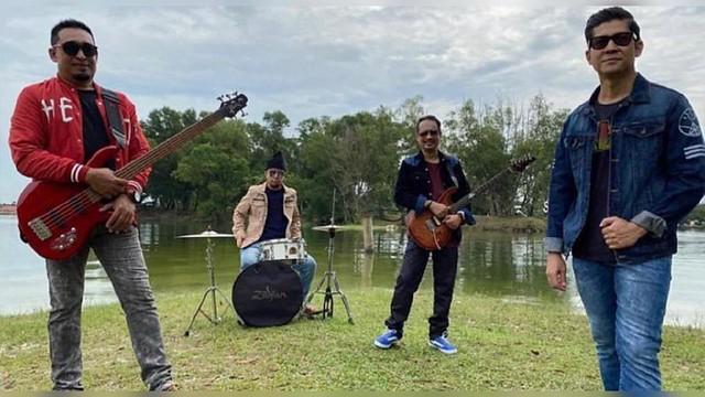 Hampir 10 Tahun Tak Rakam Lagu, Umbrella Lancar Single Terbaharu HILANG