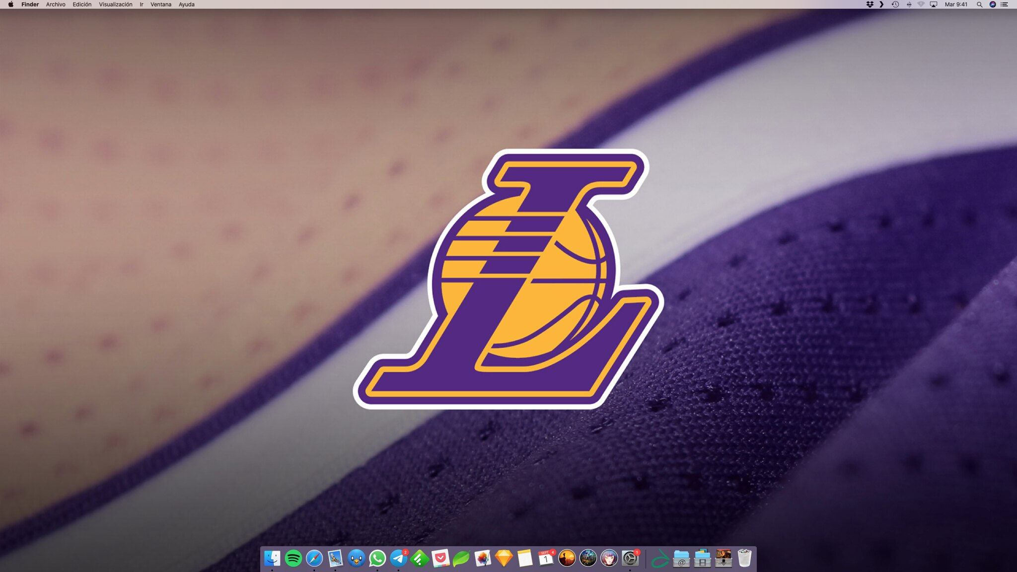 Wall August: Lakers