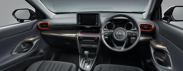 2021-Toyota-Yaris-Cross-Modellista-JDM-spec-23