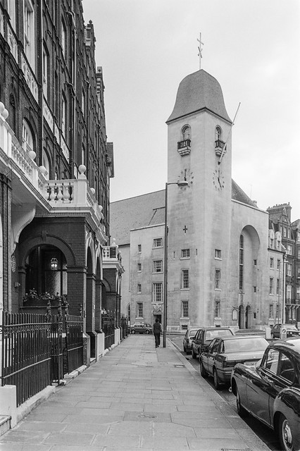 St Columba's Church Of Scotland, church, Pont St, Knightsbridge, Kensington & Chelsea, 1988 88-3j-62-positive_2400